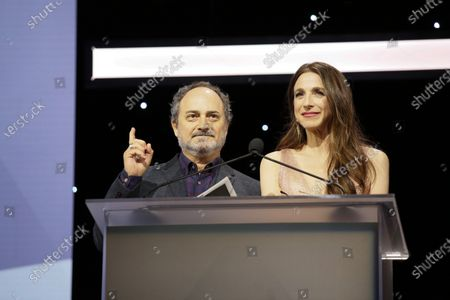 Kevin Pollak and Marin Hinkle