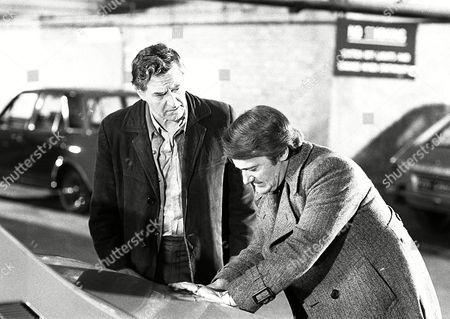 'The Protectors' TV Series - 1974 - The Insider - Donald Hewlett, Robert Vaughn