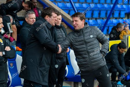 Tommy Wright, manager of St Johnstone FC shakes hands with Heart of Midlothian manager Daniel Stendel before the Ladbrokes Scottish Premiership match between St Johnstone FC and Heart of Midlothian FC at McDiarmid Park, Perth