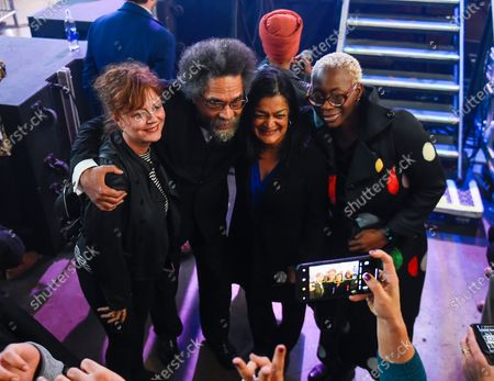 Supporters of US Senator Bernie Sanders, (L-R) US actress Susan Sarandon, political activist Cornel West, Democratic Congresswoman from Washington Pramila Jayapal and campaign co-chair Nina Turner pose for a photo during the Bernie Caucus Concert at the U.S. Cellular Center in Cedar Rapids, Iowa, USA, 01 February, 2020. The first-in-the-nation Iowa caucuses are scheduled for 03 February 2020.