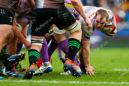 Stock Photo of Stuart Townsend of Exeter Chiefs eyes the tryline