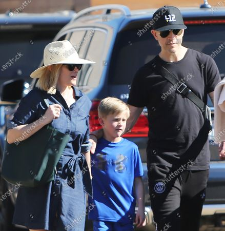 Reese Witherspoon, Tennessee James Toth and husband Jim Toth