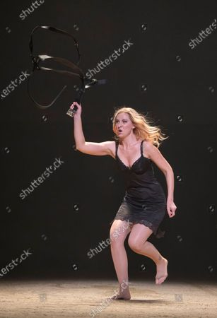 Justina Gringyte as Carmen