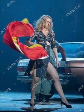 Justina Gringyte as Carmen,