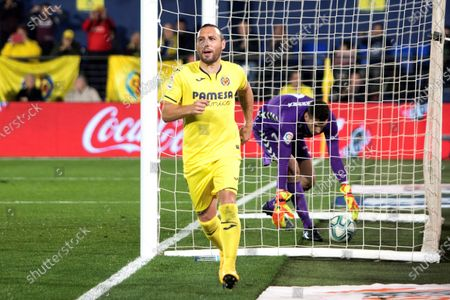 Villarreal's Santi Cazorla celebrates after scoring the 3-1 goal during the Spanish LaLiga soccer match between Villarreal CF and Club Atletico Osasuna held at La Ceramica stadium in Villarreal, Spain, 02 February 2020.