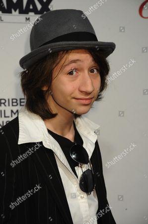 Editorial image of 'Everybody's Fine' film premiere, New York, America - 03 Dec 2009