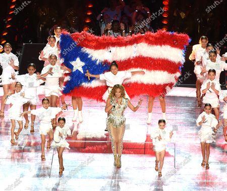 Jennifer Lopez and Emme Maribel Muniz