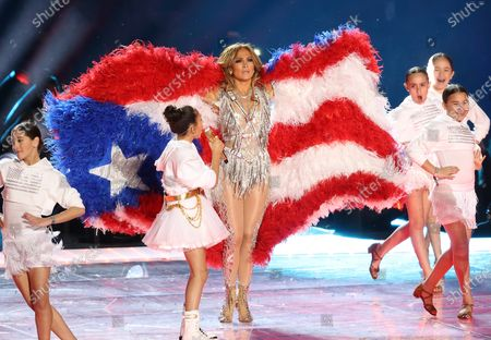 Stock Image of Jennifer Lopez and Emme Maribel Muniz