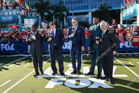 Stock Picture of Curt Menefee, Terry Bradshaw, Howie Long, Michael Strahan, Jimmy Johnson
