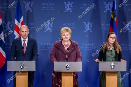 Stock Image of Norway's Prime Minister Erna Solberg (C) flanked by Prime Minister of Lichtenstein Adrian Hasler (L) and Prime Minister of Iceland Katrin Jakobsdottir (R) attend  a press confernce in Oslo, Norway, 03 February 2020.