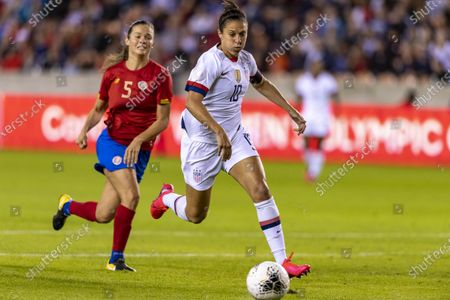 United States forward Carli Lloyd (10) in the first half during the CONCACAF Group A Women's Olympic Qualifying match against the Costa Rica at BBVA Stadium in Houston, Texas