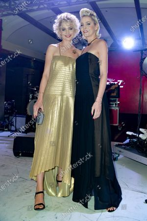Stock Picture of Julia Meise Julia, Nina Meise Ratiopharm Twins, Geburtstag