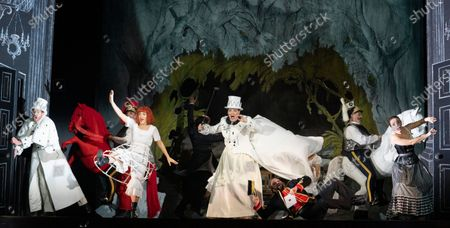 Centre  Claudia Boyle as Alice, Hilary Summers as White Queen