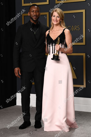 Laura Dern - Supporting Actress - Marriage Story, presented by Mahershala Ali