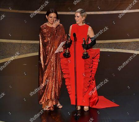 Maya Rudolph and Kristen Wiig