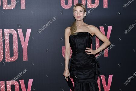 Renee Zellweger poses during the premiere of 'Judy' by British director Rupert Goold, in Paris, France, 04 February 2020. The film will be released on 26 February 2020 in France.