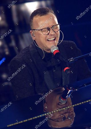 Italia singer Gigi D'Alessio performs on stage at the Ariston theatre during the 70th Sanremo Italian Song Festival, Sanremo, Italy, 05 February 2020. The festival runs from 04 to 08 February.