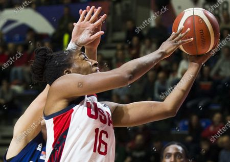 Nneka Ogwumike of USA in action under the basket