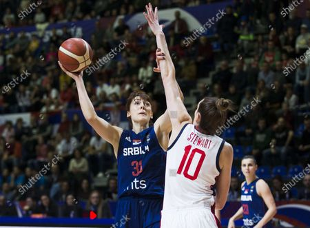 Breanna Stewart of USA tries to block Tina Jovanovic of Serbia