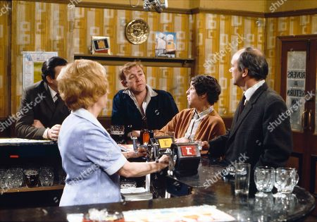 Bryan Mosley (as Alf Roberts), Doris Speed (as Annie Walker), Graham Haberfield (as Jerry Booth), Jessie Evans (as Granny Hopkins) and Richard Davies (as Idris Hopkins)