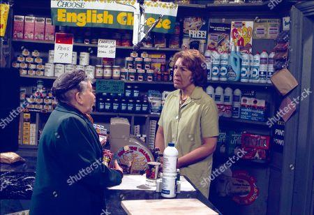 Margot Bryant (as Minnie Caldwell) and Kathy Staff (as Vera Hopkins)