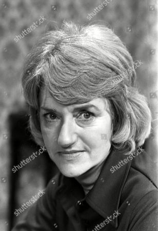 Ep 1775 Wednesday 18th January 1978 Emily Bishop braces herself for the ordeal of Ernie's funeral. With Norah Seddon, as played by Cynthia Michaelis.