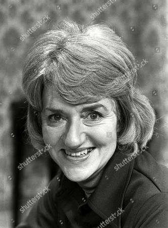 Stock Photo of Ep 1775 Wednesday 18th January 1978 Emily Bishop braces herself for the ordeal of Ernie's funeral. With Norah Seddon, as played by Cynthia Michaelis.