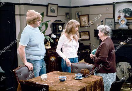 Geoffrey Hughes (as Eddie Yeats), Helen Worth (as Gail Platt) and Margot Bryant (as Minnie Caldwell)