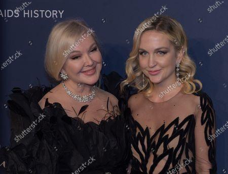 Yulia Yanina and Daria Yanina