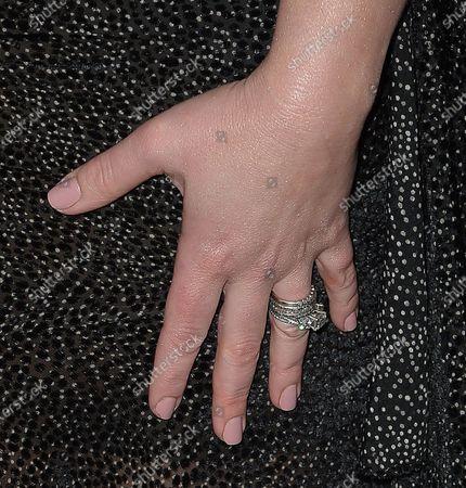 Melissa Joan Hart, jewellery detail