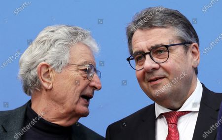 The former German minister of interior, Gerhart Baum (L) talks with the former leader of the Social Democratic Party (SPD), Sigmar Gabriel, during a press conference calling for the release of activist Julian Assange, in Berlin, Germany, 06 February 2020. Politicians of various parties have started an initiative to demand the release of the Wikileaks founder from his extradition custody in the United Kingdom. The hearing about his delivery to the United States will take place this month.