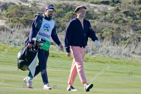 Macklemore walks the fairwayat Spyglass Hill