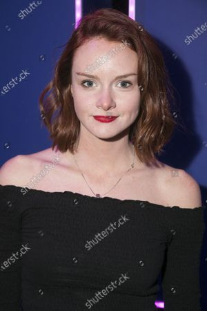 Rona Morison (Cora)