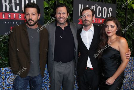 Stock Image of Eric Newman, Teresa Ruiz, Scoot McNairy and Diego Luna