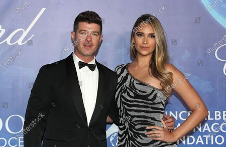 Stock Picture of Robin Thicke, April Love Geary