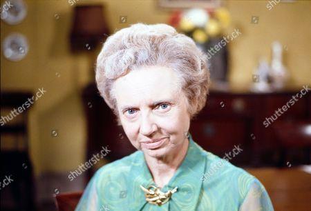 Hilary Mason (as Mrs Wilton)