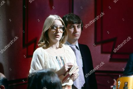 Rita Littlewood performs at the Gatsby Club. Anne Kirkbride (as Deirdre Langton) and Neville Buswell (as Ray Langton)