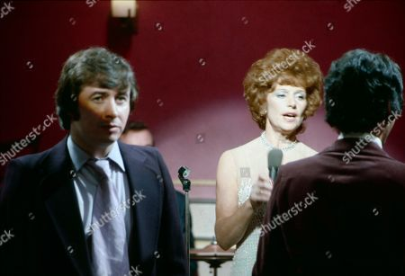 Rita Littlewood performs at the Gatsby Club. Neville Buswell (as Ray Langton) and Barbara Knox (as Rita Littlewood)