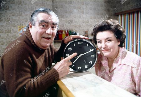 Bernard Youens (as Stan Ogden) and Avis Bunnage (as Edie Blundell)