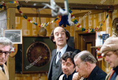 Roger Brierley (as Lanky Potts) and Geoffrey Hughes (as Eddie Yeats)