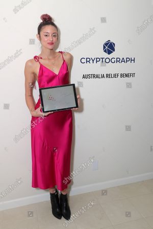 Exclusive - Caroline D'Amore with a Cryptograph 'Doodle for Dollars'
