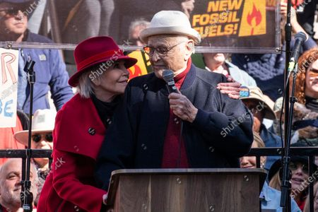 US television writer Norman Lear and  US actress Jane Fonda (L) participate in the Fire Drill Friday climate change rally at downtown City Hall Los Angeles, California, USA, 07 February 2020.