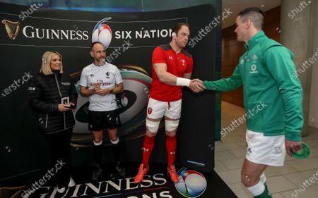 Ireland vs Wales. Niamh Cullen of Guinness, referee Romain Poite, Wales' captain Alun Wyn Jones and Ireland captain Jonathan Sexton during the coin toss