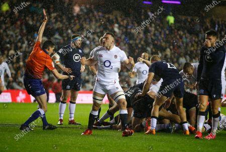 Ben Earl celebrates Englands Try scored by Ellis Genge