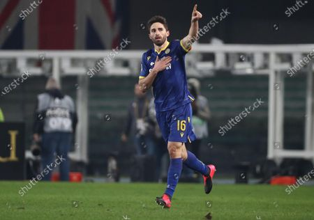 Verona's Fabio Borini jubilates after scoring the goal during the Italian Serie A  soccer match Hellas Verona FC vs Juventus FC at the Marcantonio Bentegodi stadium in Verona, Italy, 08 February 2020.