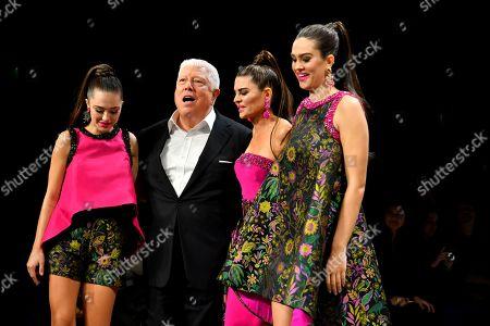 Dennis Basso, Lisa Rinna, Delilah Hamlin and Amelia Gray Hamlin on the catwalk