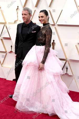 Gal Gadot and Yaron Varsano arrive for the 92nd annual Academy Awards ceremony at the Dolby Theatre in Hollywood, California, USA, 09 February 2020. The Oscars are presented for outstanding individual or collective efforts in filmmaking in 24 categories.