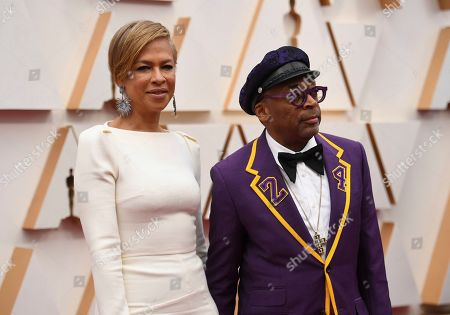 Tonya Lewis Lee, Spike Lee. Tonya Lewis Lee, left, and Spike Lee, wearing a jacket in honor of the late Kobe Bryant, arrive at the Oscars, at the Dolby Theatre in Los Angeles