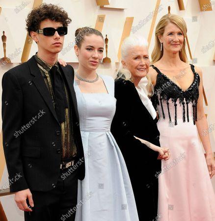 Jaya Harper, Ellery Harper, Laura Dern and Diane Ladd