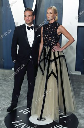 Lachlan Murdoch and Sarah Murdoch attend the 2020 Vanity Fair Oscar Party following the 92nd annual Academy Awards ceremony, in Beverly Hills, California, USA, 09 February 2020. The Oscars are presented for outstanding individual or collective efforts in filmmaking in 24 categories.